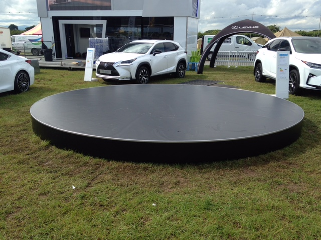 5m - Carfest North - Lexus Stand 2 - Jul 16