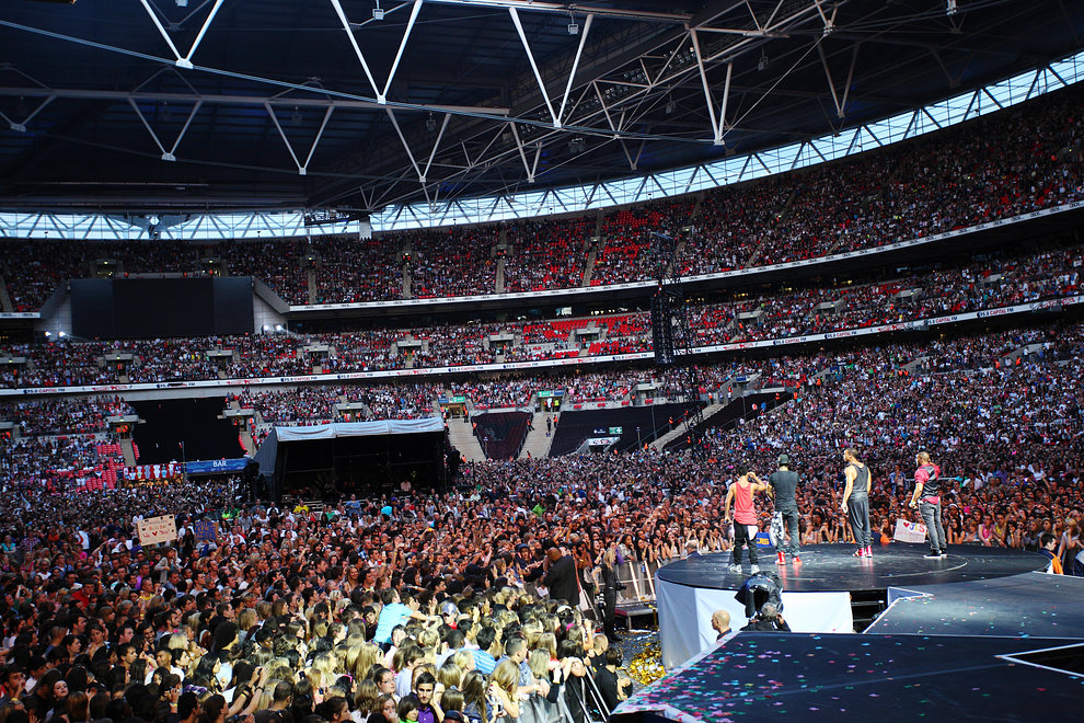 Revolving Stage At The Summertime Ball 2010