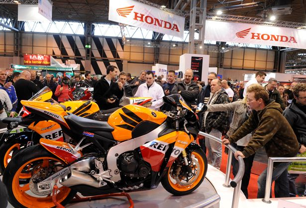 2.4m - BMW Stand - Motorcycle Live 2017