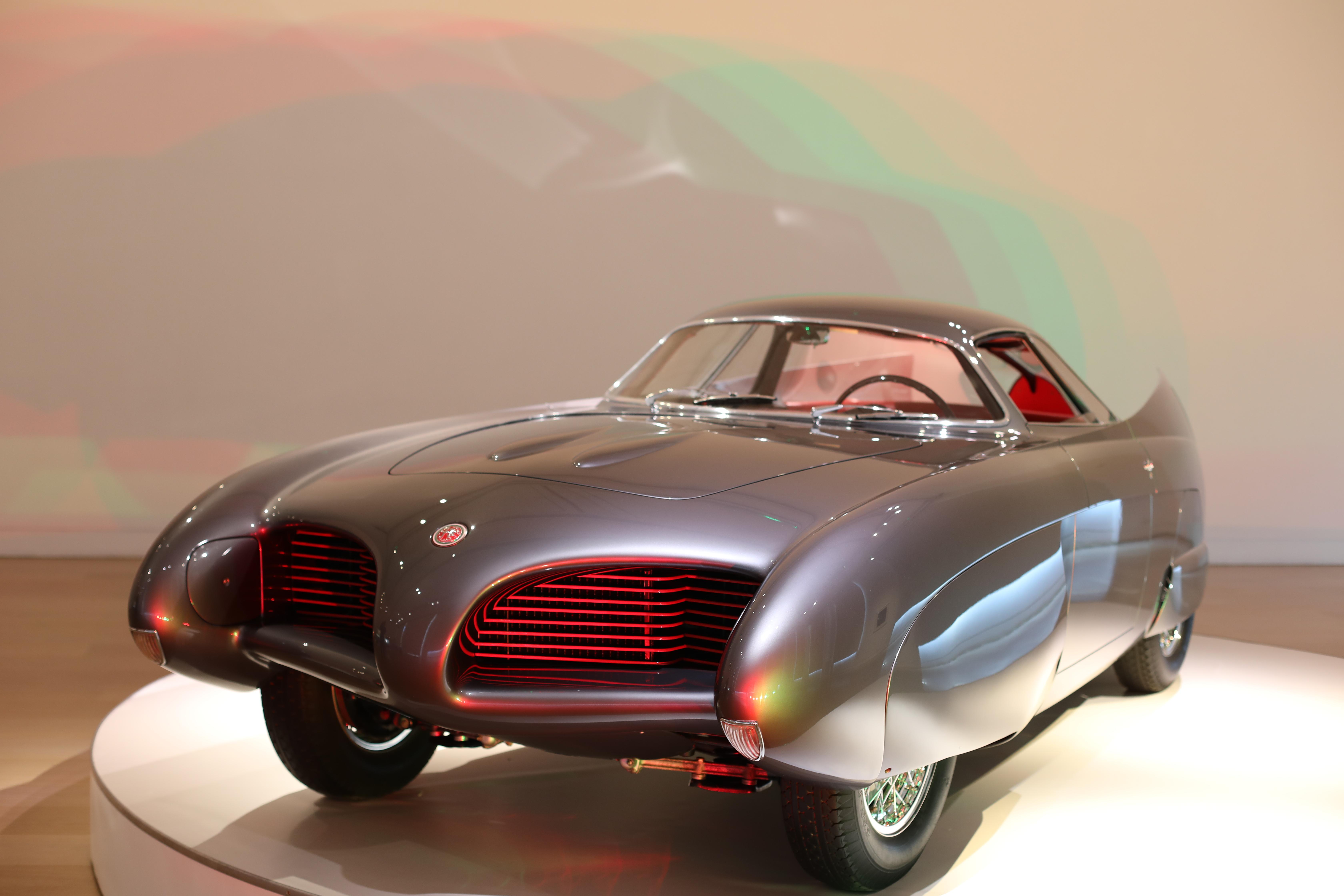 4.5m Revolving Stage displaying Alfa BAT 5 car.